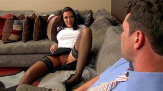 Rachel Starr spreads her legs and has him tongue her cunt