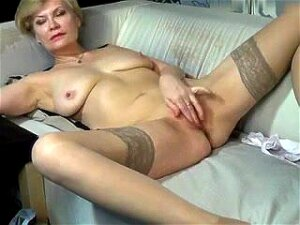 Kinky_momy Secret Video 07/02/15 On 09:49 From MyFreecams Porn