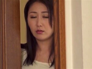 Hot Japonese Mom And Stepson 1346000 Porn