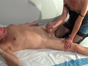 60 Years Old Italian Masseuse Pleases Her Client Porn