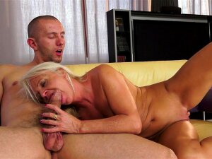 Old Blonde Anett Being Fucked By A Young Dick Porn