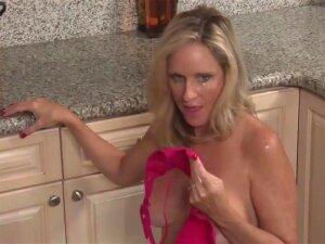 Stepson Fucked Blonde Stepmom In The Kitchen Porn