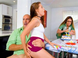 Carolina Sweets Gets Fucked And Her Mom Is None The Wiser Porn