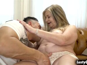 Grandma Betsy B Enjoys Getting Fucked On A Couch Porn