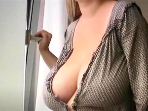 Russian Lesbian With Huge Boobs Porn