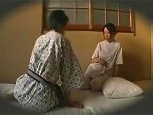 Horny Japanese Masseuse Seduces A Client To Fulfill Her Sex Porn