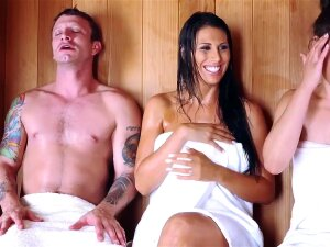 Brazzers - Mommy Got Boobs - Makayla Cox Mr  Pete - Sneaky Sauna Mama Porn