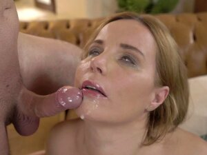 Loving That Mature Pussy With His Hard Young Dick Porn