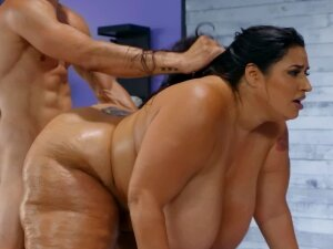 Lavish BBW Babe Gets Plowed Hard By A Thick Monster Cock Porn