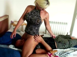 GERMAN STEPMOM ANAL FUCK AND CREAMPIE AT HOLIDAY ON MALLORCA Porn