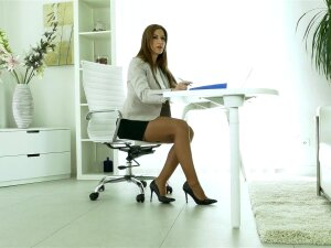 Busty Secretary Carol Gold Spreads Her Legs To Masturbate In The Office Porn