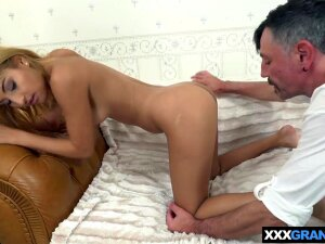 Hungarian Gipsy Teen Pleasing An Old Mans Big Balls Porn