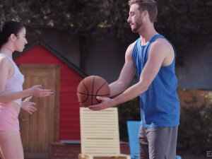 Sporty Alex Coal Shows A Guy A Great Time After They Leave The B-ball Court Porn