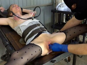 Pussy Pumped And Fisted Porn