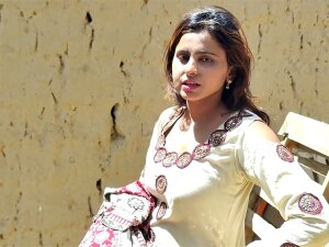 Zoya Bhatti, Dress Change, Village Life, Desi Girhot, Sexy Porn