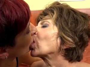 Granny Group Interracial Fuck The Grannies Suck Black Cocks And Anal Sex Porn