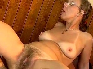 Nerd Ugly Granny Anal Porn