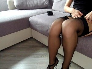 Young Bitch Dances Striptease And Teases Her Pussy With Vibrator After Work Porn