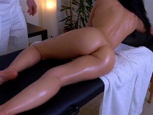 Why Mom Didn't Want Me To Have A Full Body Massage From Her Masseur Porn