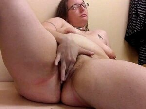 FetLife PAWG Fingers To Orgasm In Changing Room  Public Masturbation Porn