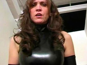 Extreme Mature Dominatrix Kinky Balls Busting Porn