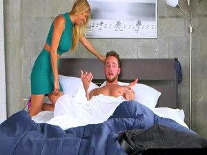 Pretty Teen Babe Crystal Rae Caught Busty MILF Alexis Fawx Sucking Her BFs Cock In The Bedroom Porn