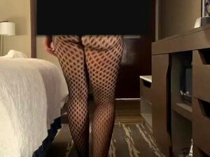 Milf Wife Seduces Delivery Boy At Hotel As Husband Hides Porn