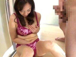 Japanese Mature Feels Like Getting Laid Porn