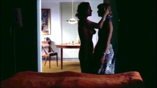 Sapphic Seduction - The Temptation of the Older Woman