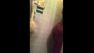 Sexy chubby ebony college girl taking a nice shower: beautiful ass